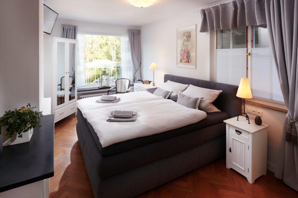 Landhaus-Roemer_Schlafzimmer3-1